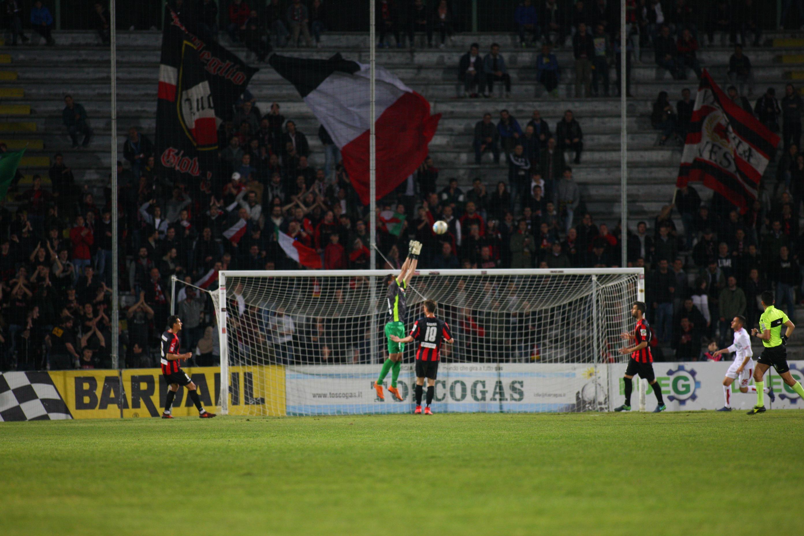 Serie Ci risiamo: altre penalizzazioni per Lucchese e Cuneo